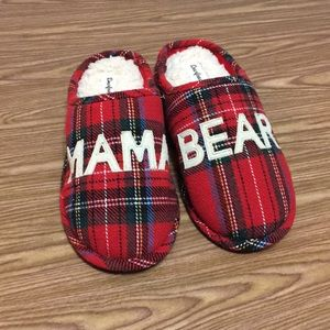 Dearfoams Mama bear plaid clog slippers